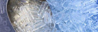 Getränke eiskalt genießen mit der Eiswürfelmaschine im Gastro-Bereich